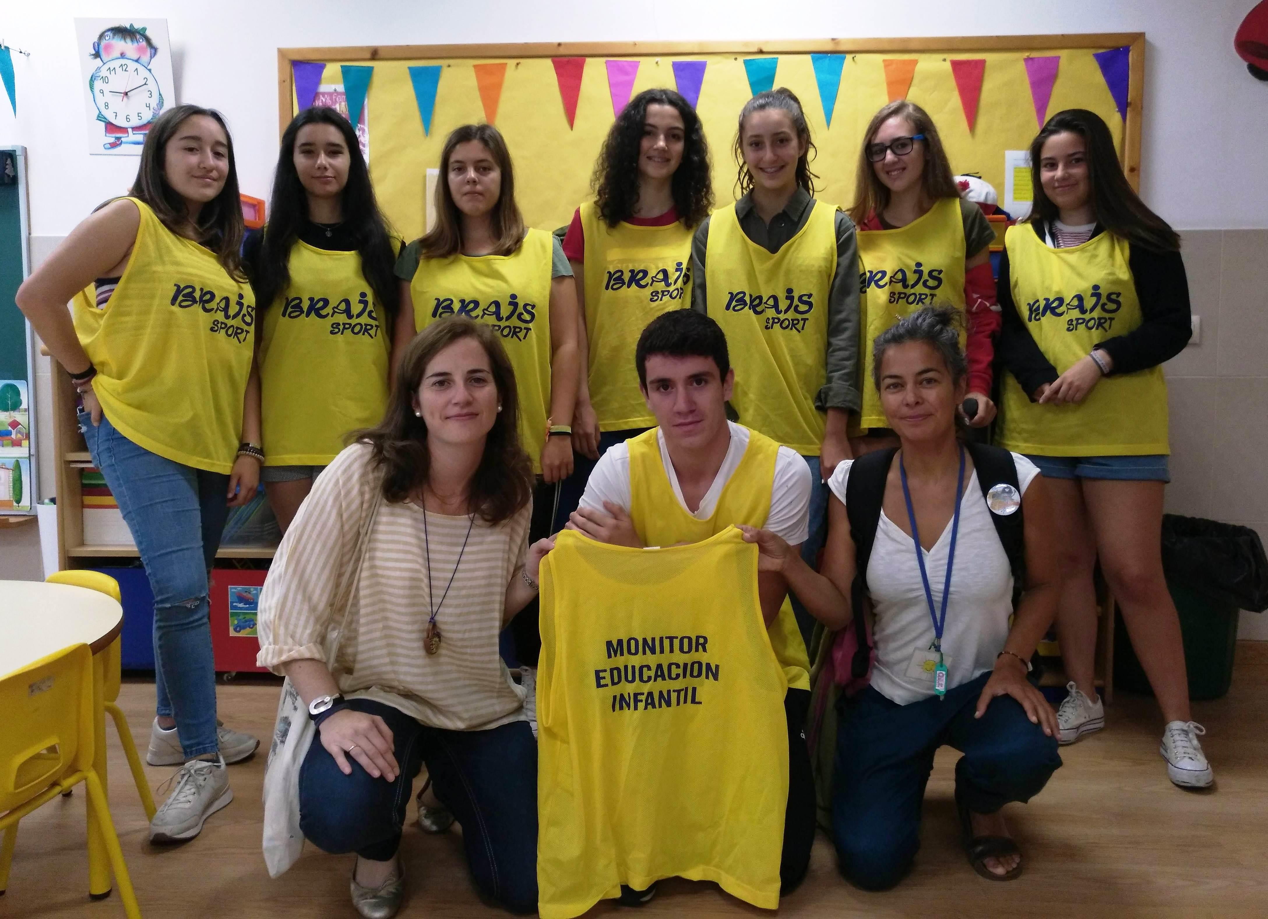 voluntarias-da-rede-solidaria-primer-da-de-cole