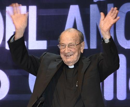 """O pai Rábago, antigo alumno, nomeado """"Galego do Ano"""""""